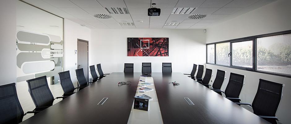 Salas de reuniones instalaciones todo m sica for Sala de reuniones